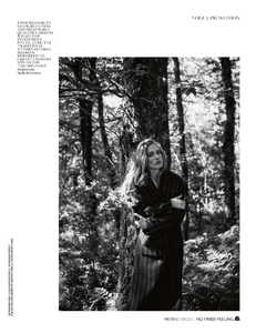 Yemchuk_Vogue_UK_October_2013_02.thumb.png.105f3907713a9be53996d1363c80fab7.png