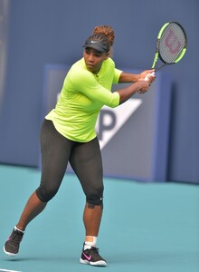 serena-williams-practises-during-the-miami-open-tennis-tournament-03-20-2019-0.jpg
