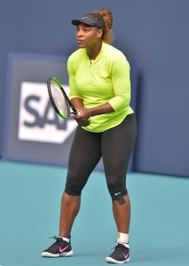 serena-williams-practises-during-the-miami-open-tennis-tournament-03-20-2019-1.jpg