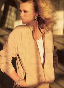 1422598379_Boman__Giaviano_Vogue_US_February_1981_01.thumb.jpg.cdf5741ae4dc37e35a873292049e05a9.jpg