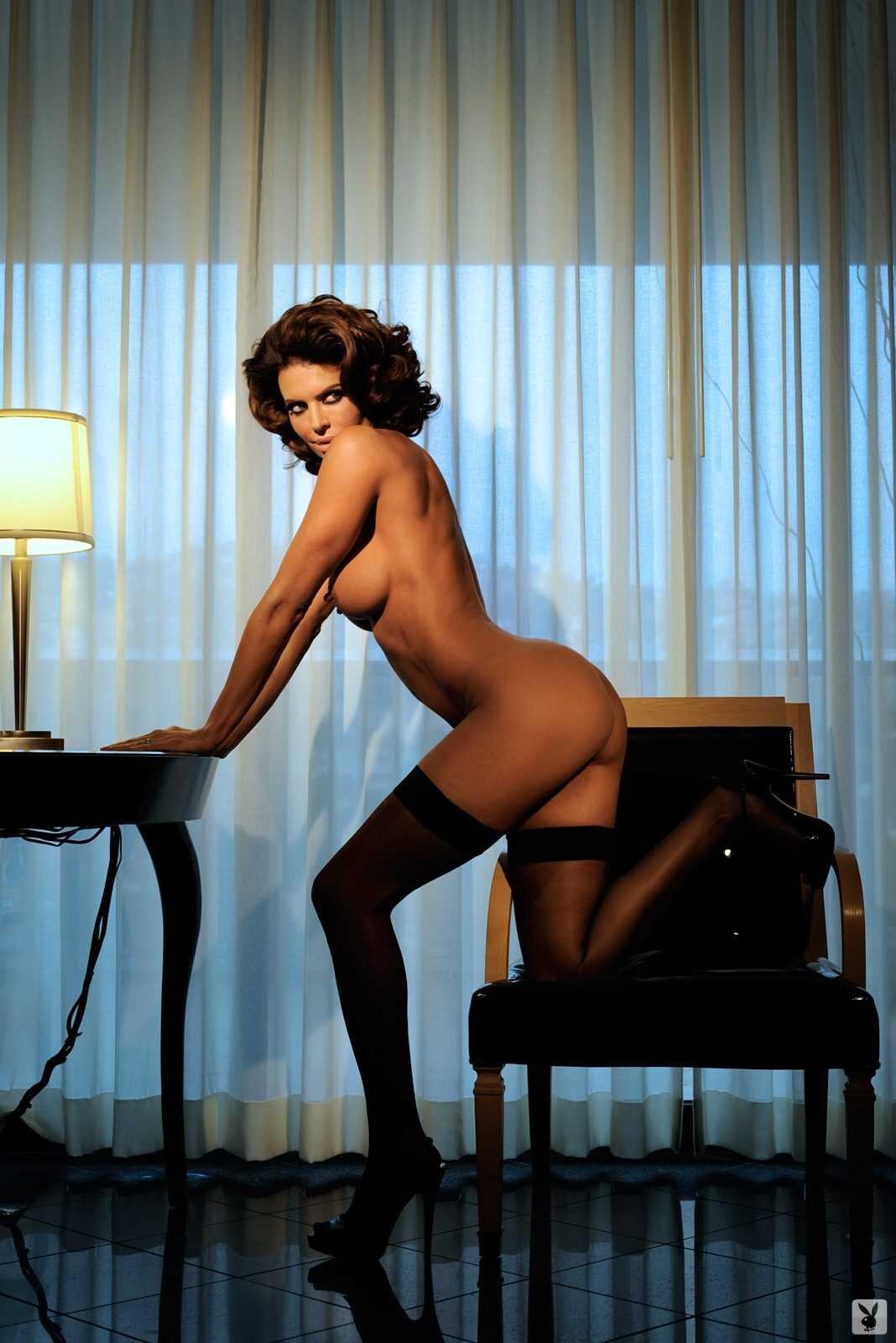 lisa-rinna-topless-pics