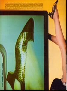 Giaviano_Vogue_US_March_1982_03.thumb.jpg.07dd75f6d45fa85e4975ae0185bc81e9.jpg