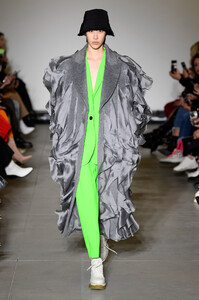 annakiki-rtw-fall-2019-milan-fashion-week-mfw016.thumb.jpg.4c927a2272c9dc767aca0adc167e470a.jpg