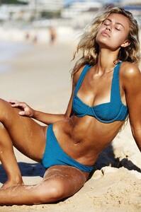 elli_peony_blue_bikini-2.jpg