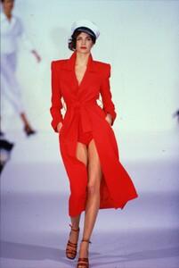 fashion-photography-archive-image-work-image----batch1----fullSize----103889_103889-21_0047_fs.jpg.thumb.jpg.5ec5386f6f8faf726d689cd81248157c.jpg