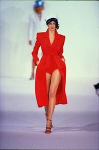 fashion-photography-archive-image-work-image----batch1----fullSize----103889_103889-21_0073_fs.jpg.thumb.jpg.cd1d390ebbeaecb7c62fffa184c1475b.jpg