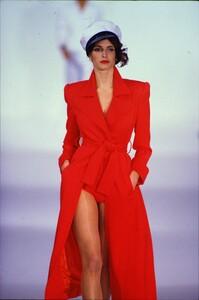 fashion-photography-archive-image-work-image----batch1----fullSize----103889_103889-22_0006_fs.jpg.thumb.jpg.8271cfb9bc4759603640a5f4cd11be11.jpg