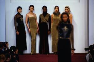 fashion-photography-archive-image-work-image----batch1----fullSize----103889_103889-25_0176_fs.jpg.thumb.jpg.1c7aadf130aaa015bd51b015c42f396b.jpg