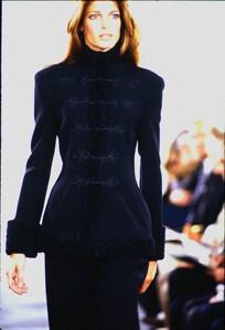 fashion-photography-archive-image-work-image----batch1----fullSize----103889_103889-28_0182_fs.jpg.thumb.jpg.f2ec3e73d18c83b659a128ae25ced8cd.jpg