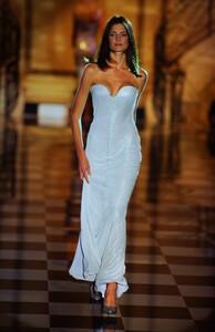 fashion-photography-archive-image-work-image----batch12----fullSize----103679_103679-3_0197_fs.jpg.thumb.jpg.8284702a5f3f45c148d07772309885f8.jpg
