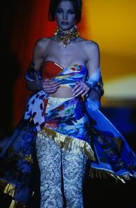 fashion-photography-archive-image-work-image----batch13----fullSize----103692_103692-3_0032_fs.jpg.thumb.jpg.5f2edf8843dc7b7eb739dbc54e0c88f0.jpg
