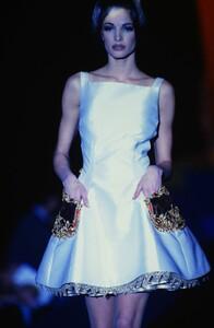 fashion-photography-archive-image-work-image----batch13----fullSize----103692_103692-3_0050_fs.jpg.thumb.jpg.fab049d3a0daf0661370999b251cdf3d.jpg