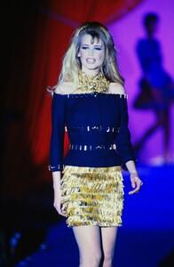 fashion-photography-archive-image-work-image----batch13----fullSize----103692_103692-3_0067_fs.jpg.thumb.jpg.268aa69e1d3837d818d8a2a4524ed1d5.jpg