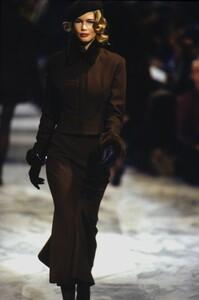 fashion-photography-archive-image-work-image----batch23WM----fullSize----104064_104064-13_0001_fs.jpg.thumb.jpg.a912bb5b1b11f8bfa493e1c2c8ba907f.jpg