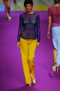 fashion-photography-archive-image-work-image----batch25----fullSize----103953_103953-1_0440_fs.jpg.jpg