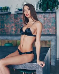 lingerie_khv_53183096_1121331307990891_114214850658110078_n.jpg