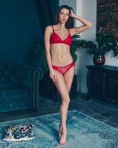 lingerie_vladivostok_54513035_343606456271967_8860591167445139354_n.jpg