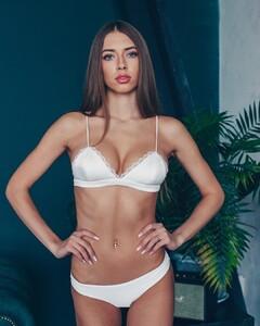 lingerie_vladivostok_55855685_2075027352592772_3918209701046934577_n.jpg