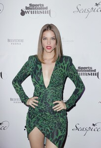 [1142933881] Sports Illustrated Swimsuit Celebrates 2019 Issue Launch At SeaSpice.jpg