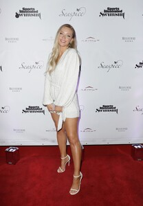 [1142933853] Sports Illustrated Swimsuit Celebrates 2019 Issue Launch At SeaSpice.jpg