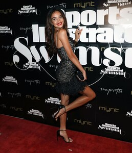 [1143151469] SI Swimsuit On Location Closing Party.jpg