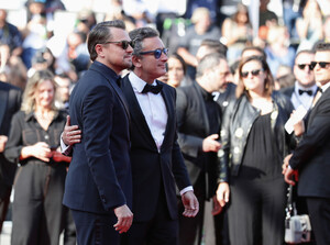 Leonardo+DiCaprio+Traitor+Red+Carpet+72nd+JP0pS99D6nwx.jpg