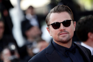 Leonardo+DiCaprio+Traitor+Red+Carpet+72nd+wbaEFAsdzwPx.jpg
