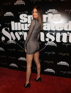 [1143151417] SI Swimsuit On Location Closing Party.jpg