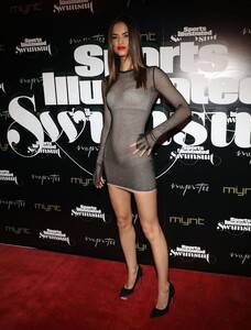 [1143151416] SI Swimsuit On Location Closing Party.jpg