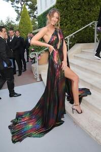 [1151236332] amfAR Cannes Gala 2019 - Arrivals.jpg