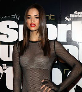 [1143151419] SI Swimsuit On Location Closing Party.jpg
