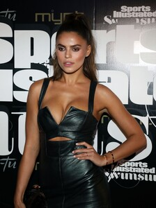 [1143149519] SI Swimsuit On Location Closing Party.jpg