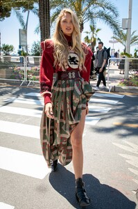 [1149259437] Celebrity Sightings At The 72nd Annual Cannes Film Festival - Day 2.jpg