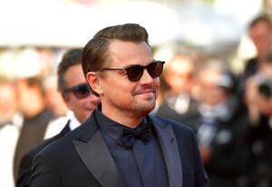 Leonardo+DiCaprio+Traitor+Red+Carpet+72nd+eGdDHLVzLZ2x.jpg