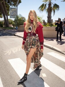 [1149266246] Celebrity Sightings At The 72nd Annual Cannes Film Festival - Day 2.jpg