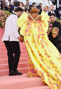 Serena+Williams+2019+Met+Gala+Celebrating+FtCaAVCniY-x.jpg