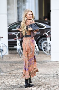 [1149239989] Celebrity Sightings At The 72nd Annual Cannes Film Festival - Day 2.jpg