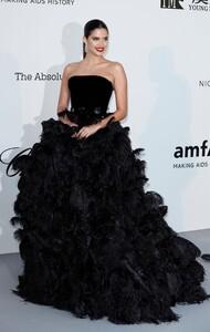 [1151230325] amfAR Cannes Gala 2019 - Arrivals.jpg
