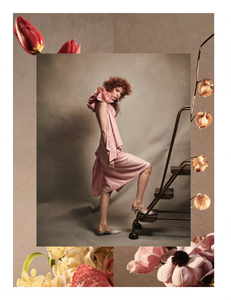 Komarovski_Vogue_Germany_April_2019_03.thumb.png.924edbe64d380fdc13634e6bd1959c12.png