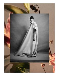 Komarovski_Vogue_Germany_April_2019_10.thumb.png.7609d7a4379ee5c5d42e727b61808e79.png