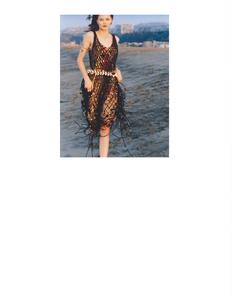 Pearch_Vogue_UK_March_2019_07.thumb.png.b5d1abf68ea112e6a2a6474020b36815.png