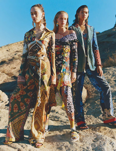 Pearch_Vogue_UK_March_2019_10.thumb.png.b84903018e4c76be28ea859d622f7933.png