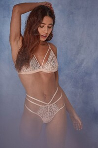 WWL434_WWL435_Belle_Lace_soft_cup_bra_and_thong_-_1.jpg