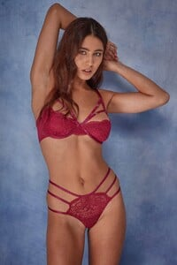 WWL457_WWL458_Cecile_lace_strappy_bra_and_thong_-2.jpg
