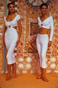 fashion-photography-archive-image-work-image----batch17----fullSize----104447_104447-74_0012_fs.jpg.thumb.jpg.e0ff5cf98e820bdbc93cc99cb1aa4fea.jpg