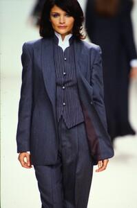 fashion-photography-archive-image-work-image----batch4----fullSize----103205_103205-3_0015_fs.jpg.thumb.jpg.38074c2d68fe7ca55818c9bf958f420b.jpg