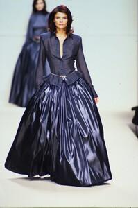 fashion-photography-archive-image-work-image----batch4----fullSize----103205_103205-3_0049_fs.jpg.thumb.jpg.5cce521ae2fc394121ab6c3a95f6b0d2.jpg