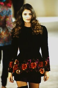 fashion-photography-archive-image-work-image----batch9----fullSize----103929_103929-3_0039_fs.jpg.thumb.jpg.cb5788e792052c6b1e1f459db91fd3fa.jpg