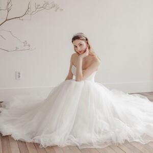 sonnet_bride_57353155_430045474218186_2594414459061020343_n.jpg