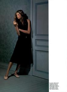 Collins_Vogue_Italia_October_2003_07.thumb.png.060192f34645c7cd2961161a9e24253c.png